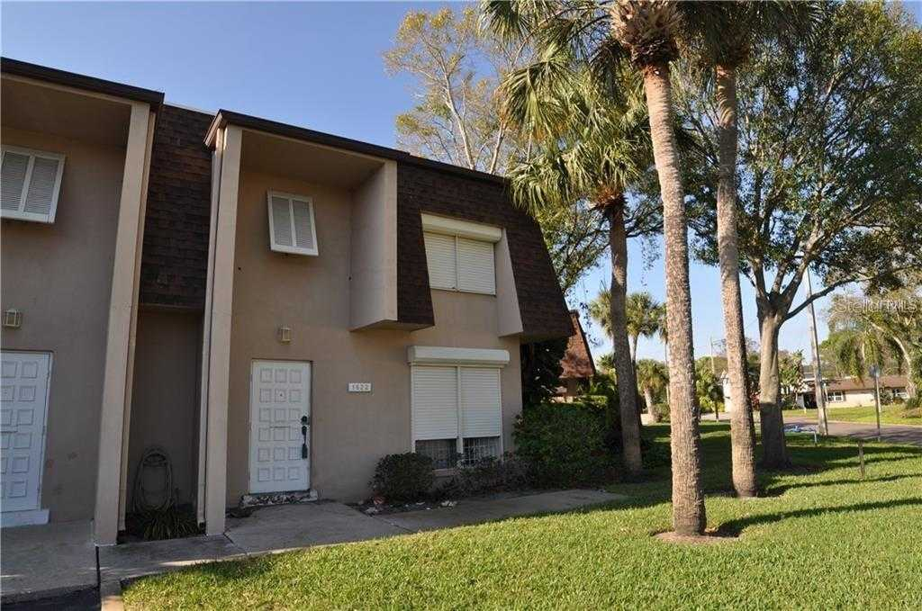 $157,900 - 3Br/3Ba -  for Sale in Seventieth Somerset Place Condo, St Petersburg