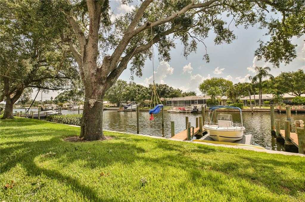 $309,900 - 3Br/2Ba -  for Sale in Mariners Pass, St Petersburg