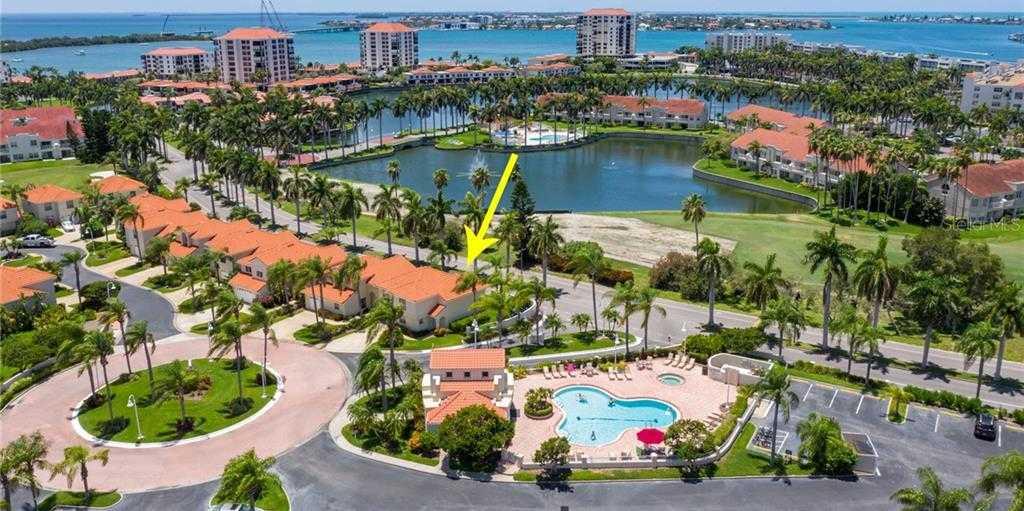 $449,000 - 3Br/3Ba -  for Sale in Vista Verde North Condo, St Petersburg