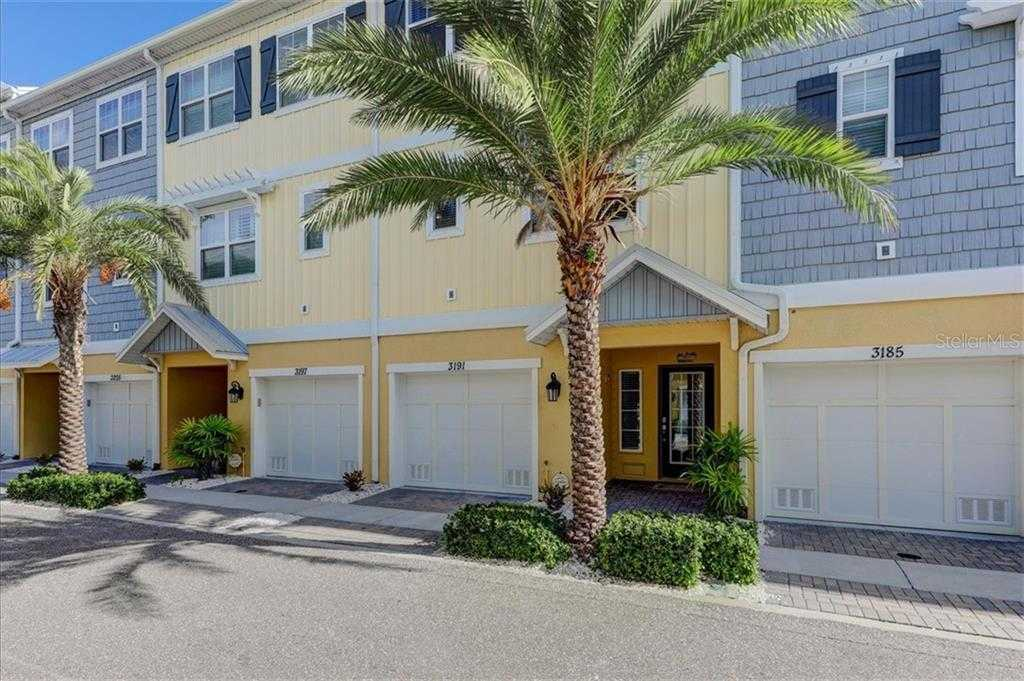 $432,000 - 3Br/3Ba -  for Sale in Cove At Loggerhead Marina, St Petersburg