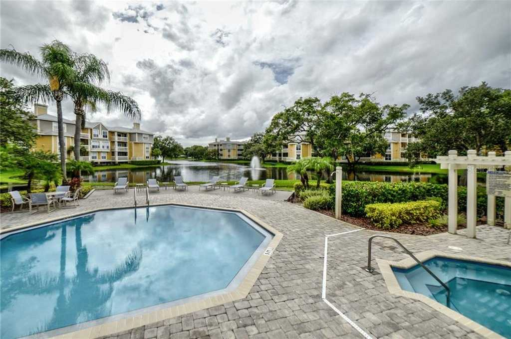 - 2Br/2Ba -  for Sale in Bridgewater Place Condo, St Petersburg
