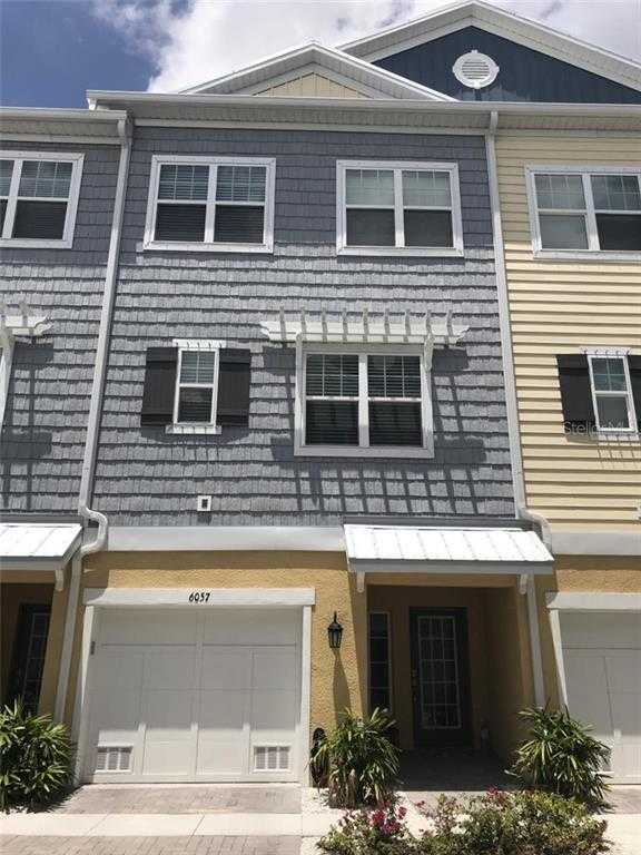 $459,900 - 3Br/3Ba -  for Sale in Cove At Loggerhead Marina, St Petersburg