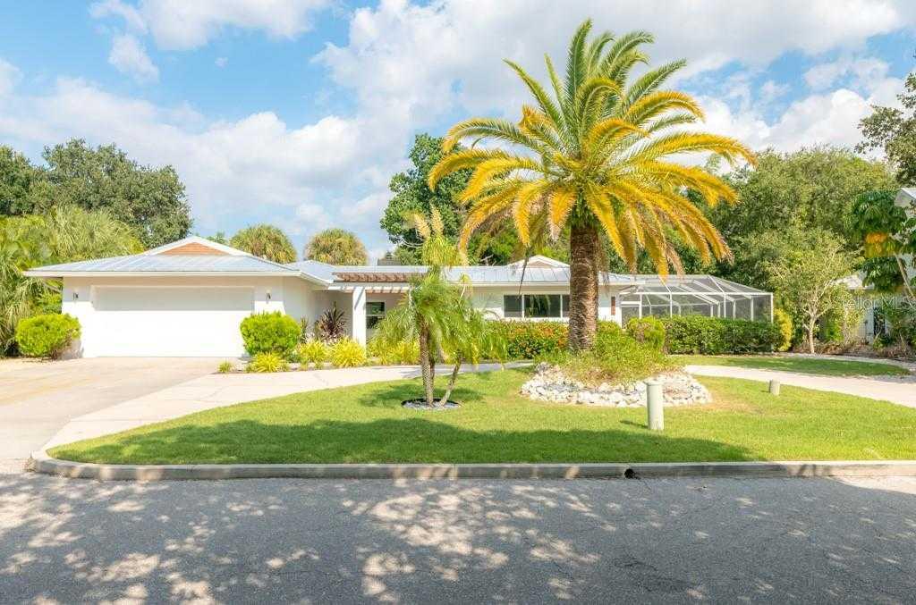 $879,900 - 3Br/2Ba -  for Sale in Siesta Beach, Sarasota