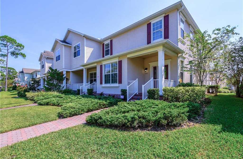 $400,000 - 4Br/4Ba -  for Sale in Sun Ketch Townhomes At Northeast, St Petersburg