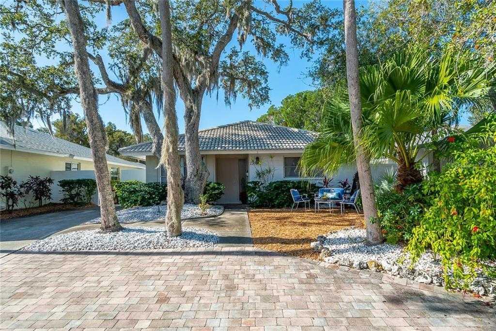 $519,000 - 2Br/2Ba -  for Sale in Polynesian Gardens, Sarasota