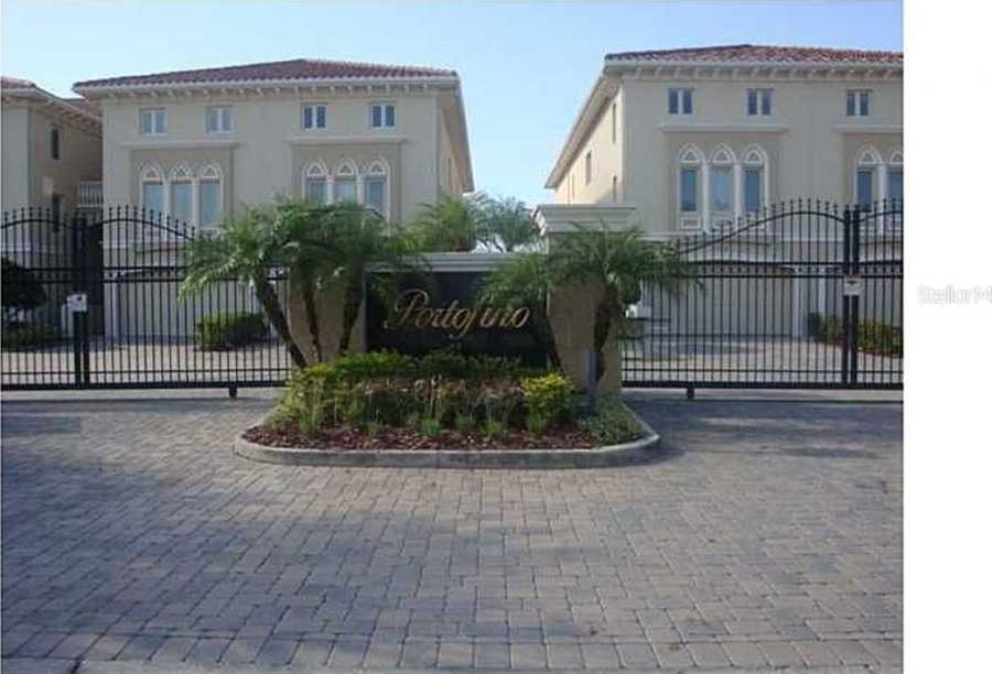 $640,000 - 4Br/5Ba -  for Sale in Venetian Bay, St Petersburg