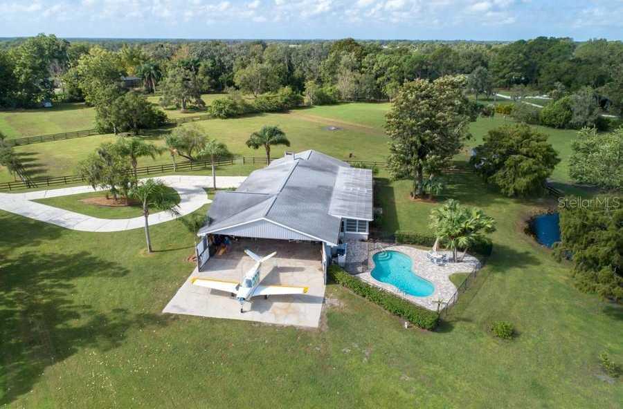$525,000 - 3Br/3Ba -  for Sale in Hidden River Pt Rep, Sarasota