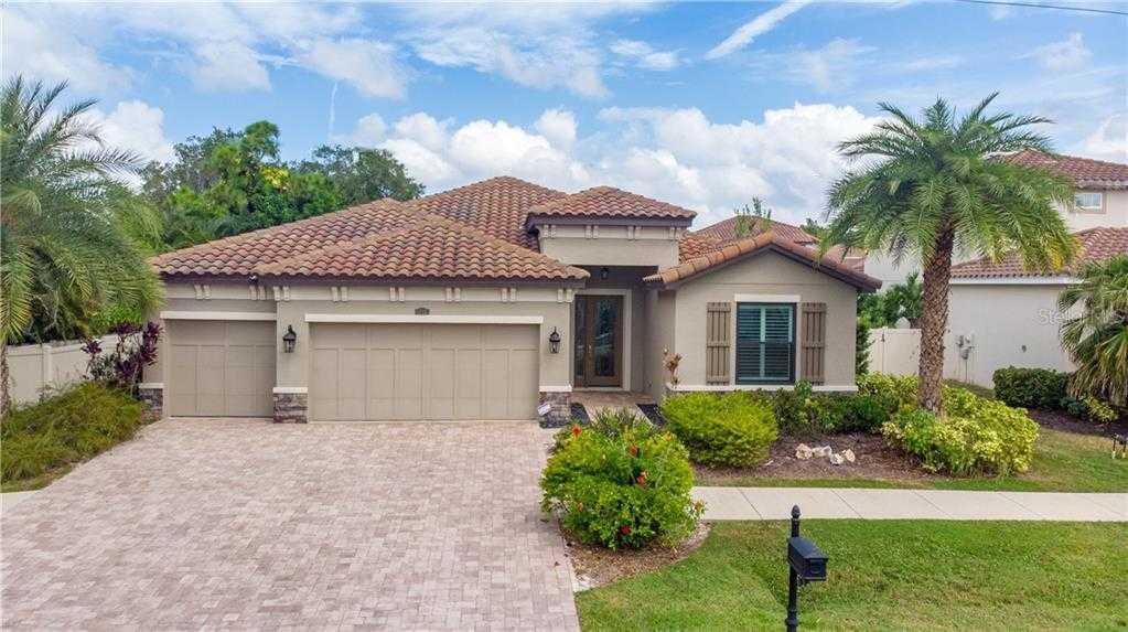 $699,900 - 3Br/3Ba -  for Sale in Kenilworth Estates, Sarasota