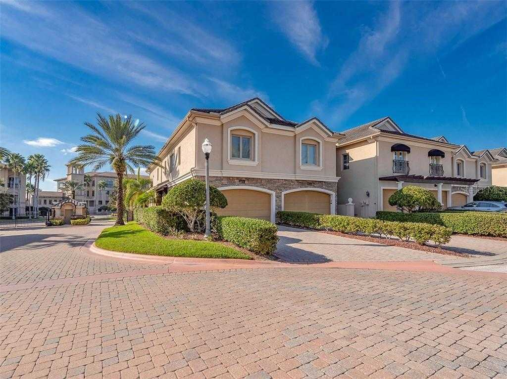 $449,000 - 3Br/4Ba -  for Sale in Saxony Place At Carillon, St Petersburg