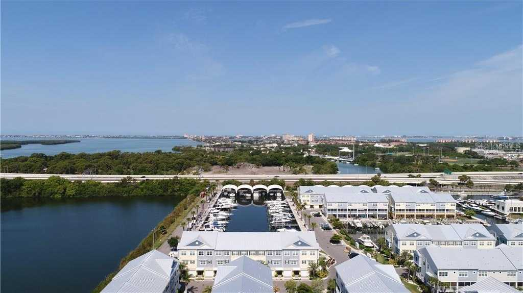 $465,000 - 4Br/3Ba -  for Sale in Cove At Loggerhead Marina, St Petersburg