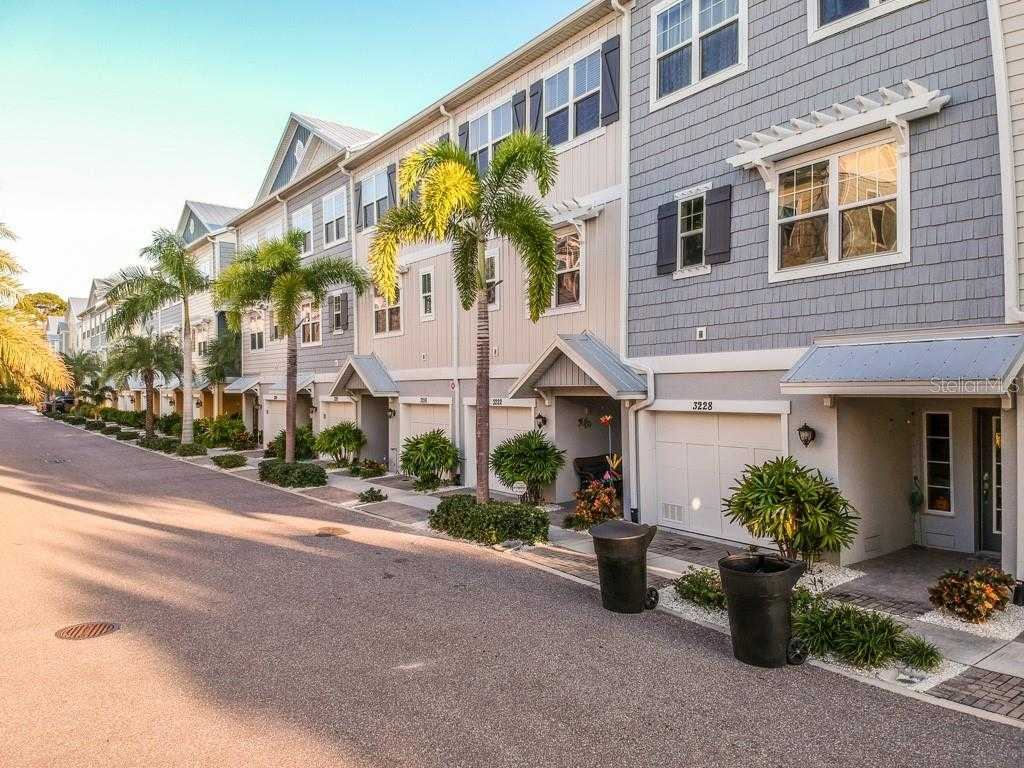 $414,900 - 3Br/3Ba -  for Sale in Cove At Loggerhead Marina, St Petersburg