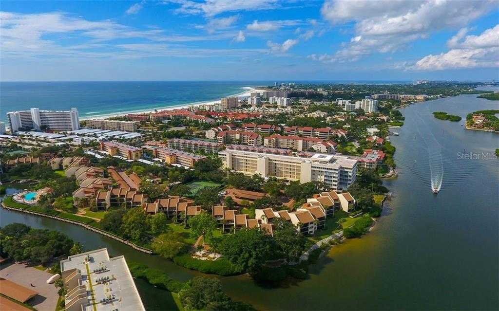 $649,900 - 3Br/3Ba -  for Sale in Midnight Cove Ii, Sarasota