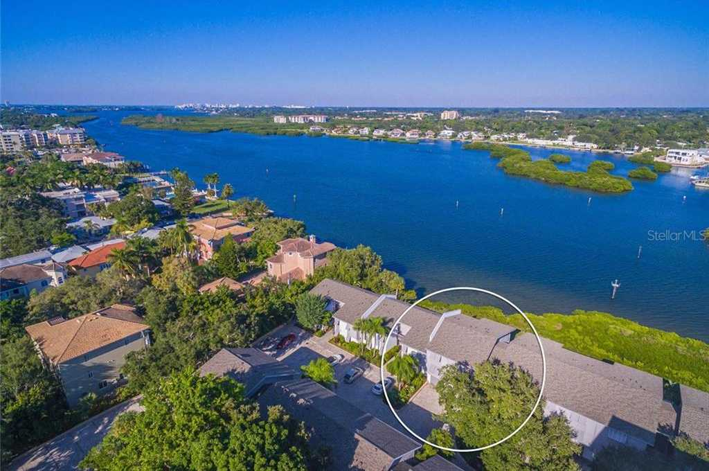 $575,000 - 2Br/2Ba -  for Sale in Peppertree Bay Ii, Sarasota