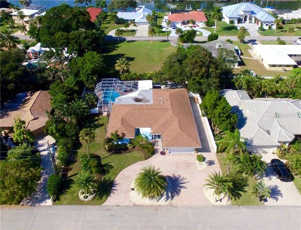 $679,000 - 4Br/6Ba -  for Sale in Holiday Harbor, Sarasota