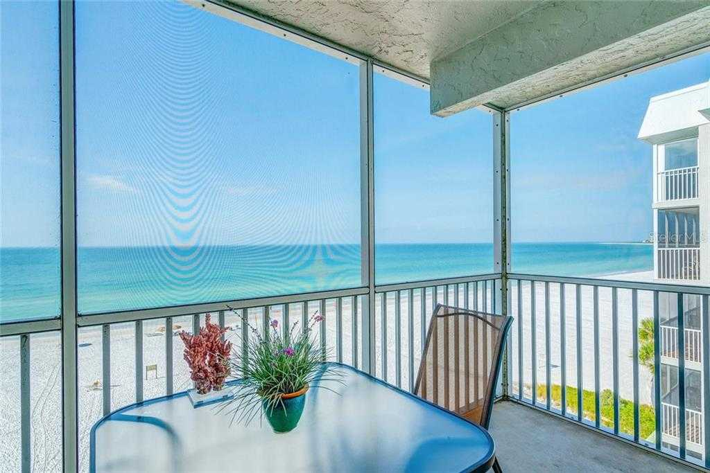 $725,000 - 2Br/2Ba -  for Sale in Crescent Arms, Sarasota