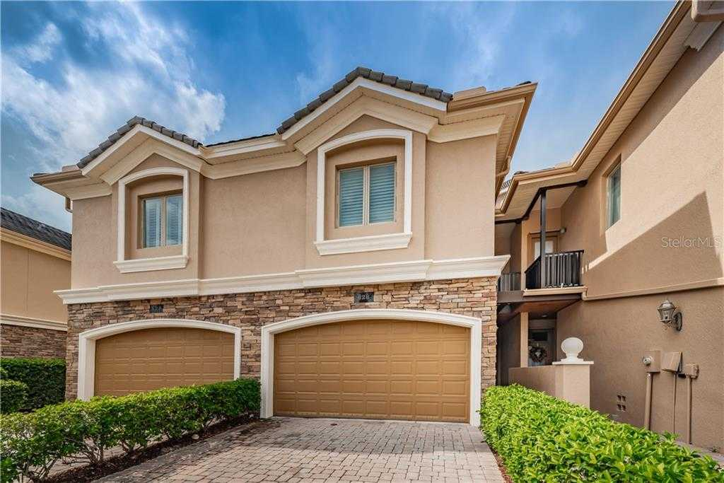 $469,000 - 3Br/3Ba -  for Sale in Saxony Place At Carillon, St Petersburg