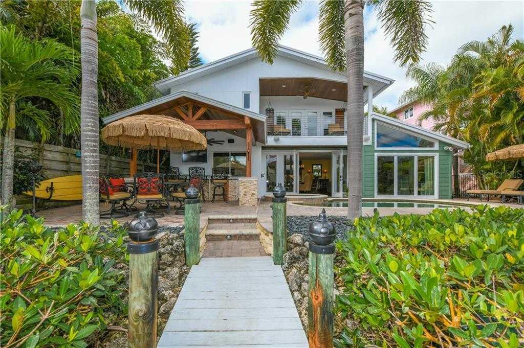 $1,650,000 - 4Br/5Ba -  for Sale in Siesta Beach, Sarasota