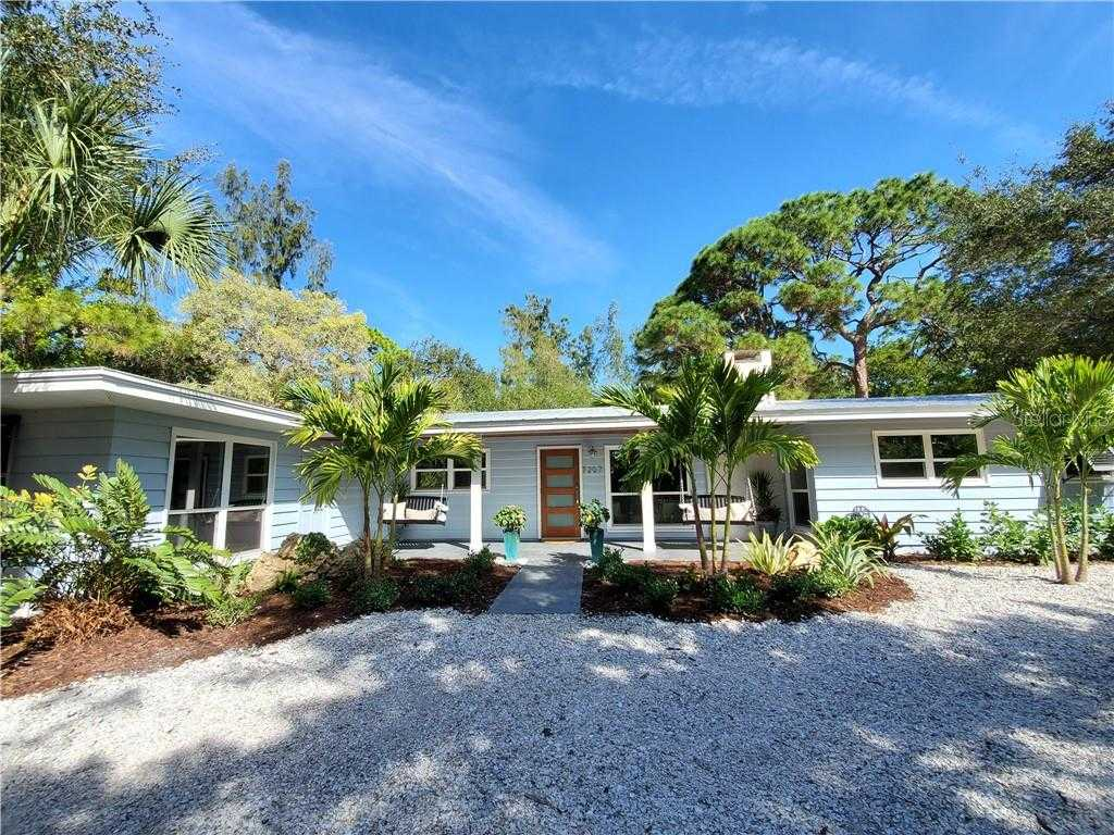 $1,590,000 - 3Br/4Ba -  for Sale in Siesta Properties Inc, Sarasota