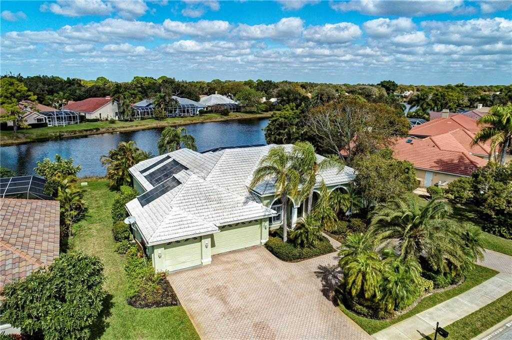 $590,000 - 4Br/3Ba -  for Sale in Deer Creek, Sarasota