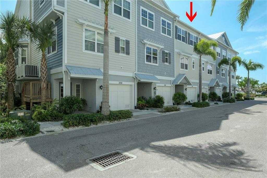 $385,000 - 3Br/3Ba -  for Sale in Cove At Loggerhead Marina, St Petersburg