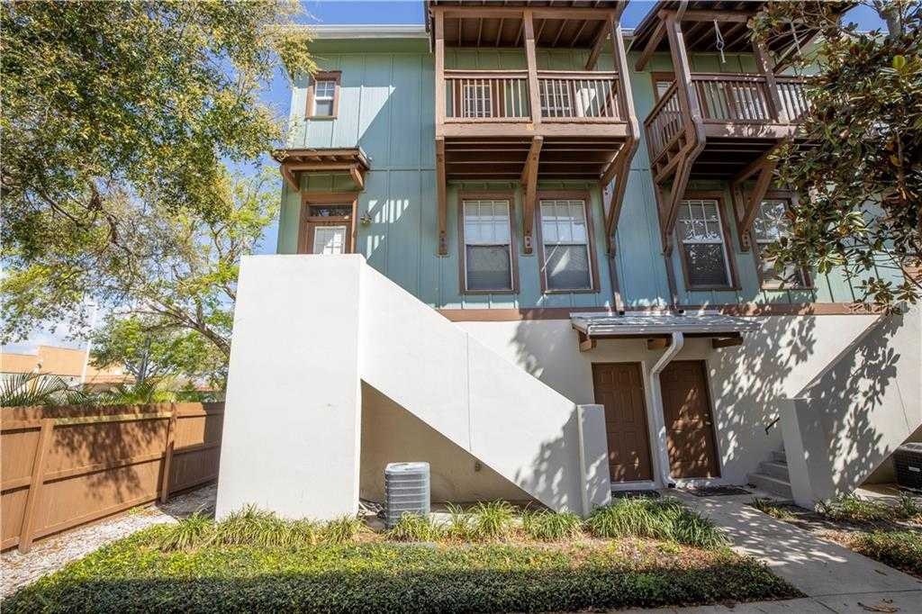 $360,000 - 2Br/3Ba -  for Sale in Kingston Court Twnhms, St Petersburg