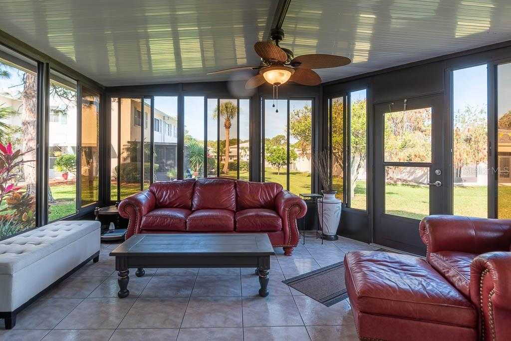 $249,000 - 2Br/3Ba -  for Sale in West Shore Village One, St Petersburg