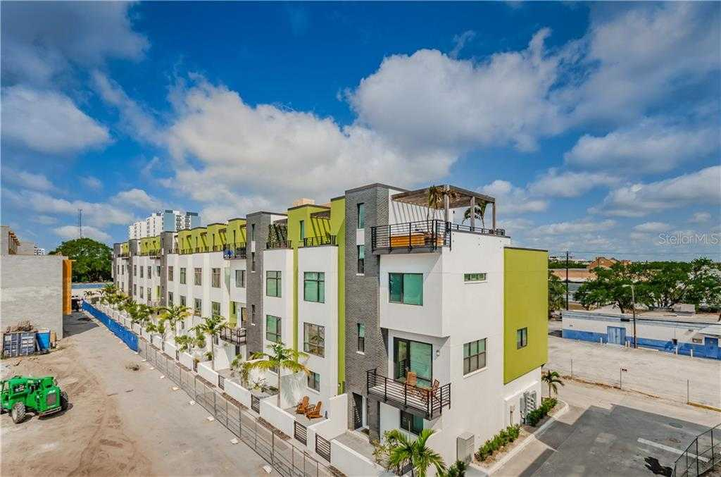 $675,000 - 3Br/4Ba -  for Sale in District On 9th, St Petersburg