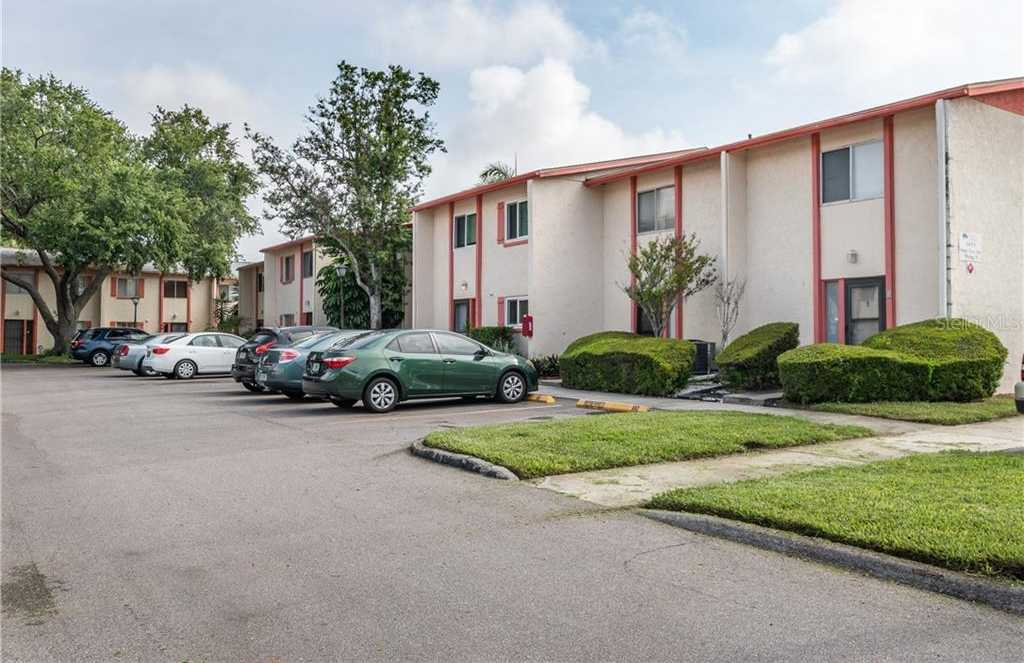 $110,000 - 2Br/2Ba -  for Sale in Whisper Wood Twnhms Condo, St Petersburg
