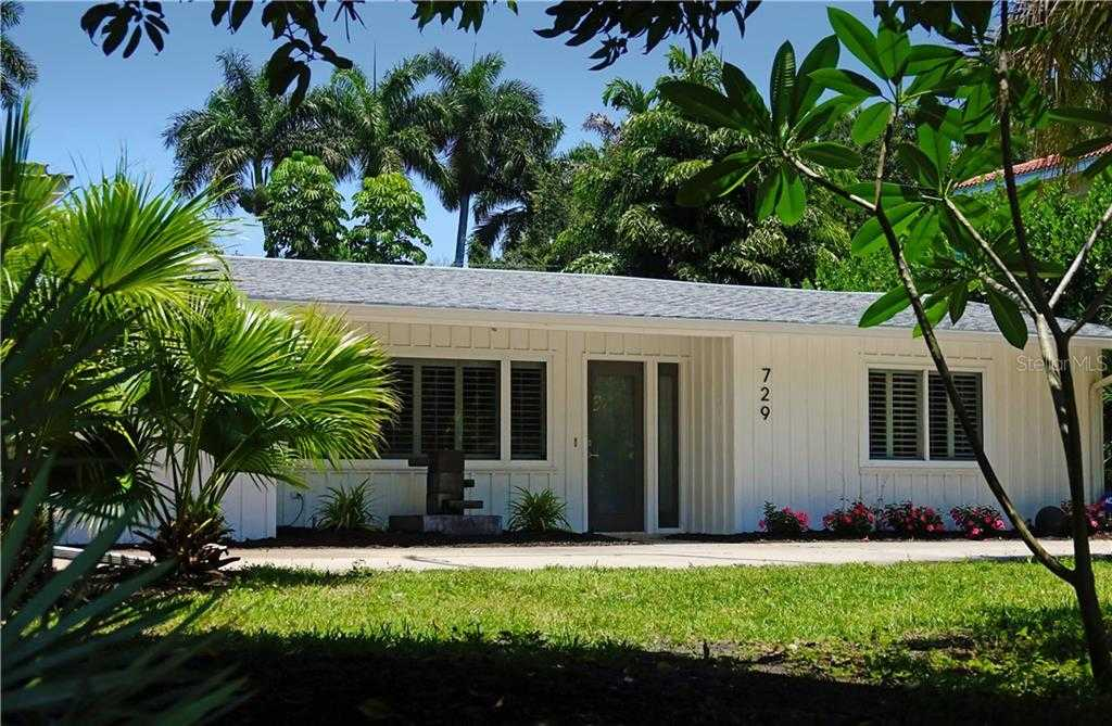 $649,500 - 3Br/2Ba -  for Sale in West Shore Unit 1, Sarasota