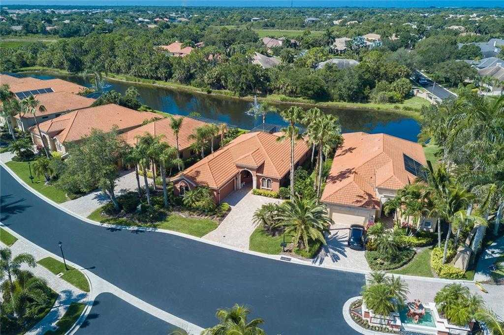 $490,000 - 3Br/2Ba -  for Sale in Silver Oak, Sarasota