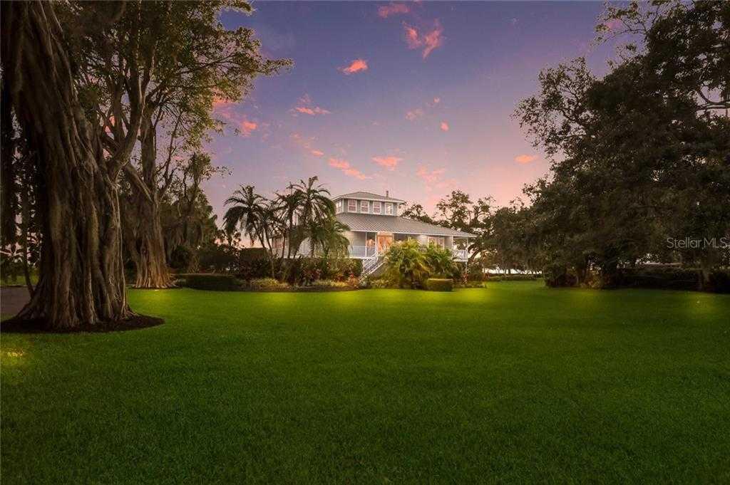 $1,450,000 - 3Br/2Ba -  for Sale in Whitfield Estates Unit 1, Sarasota