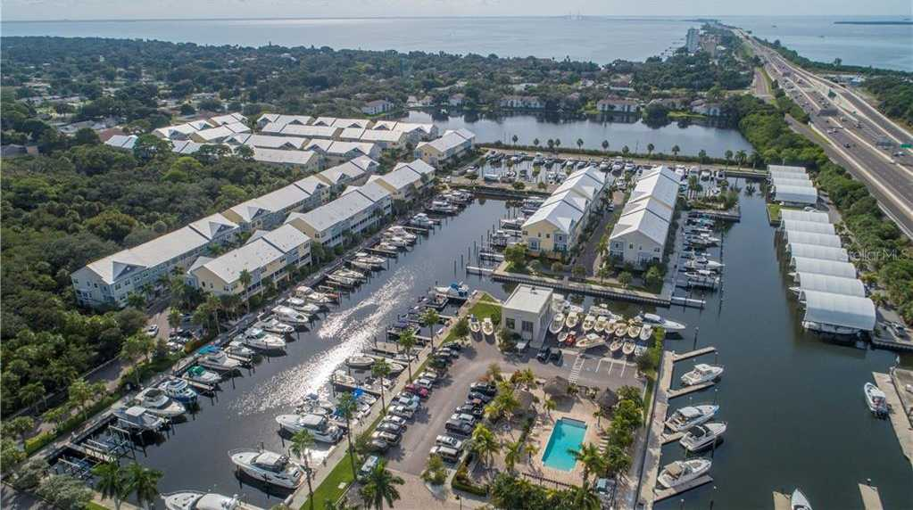 $399,900 - 3Br/3Ba -  for Sale in Cove At Loggerhead Marina, St Petersburg