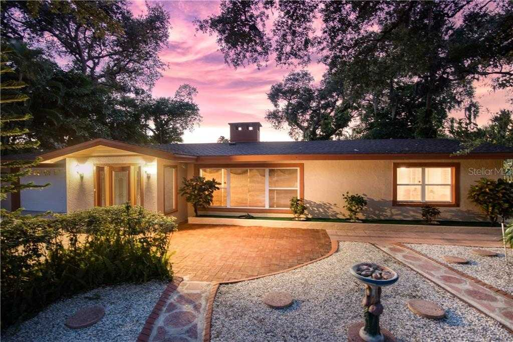 $939,000 - 3Br/3Ba -  for Sale in Bay View Acres, Sarasota
