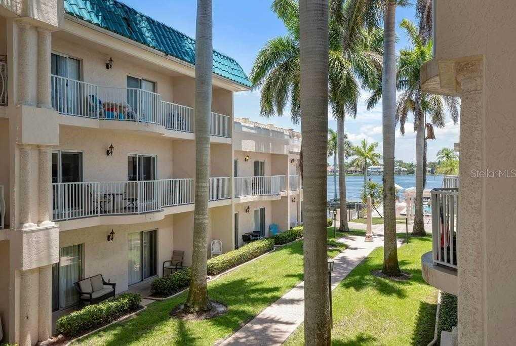$485,000 - 2Br/2Ba -  for Sale in Palm Bay Club Ii, Sarasota