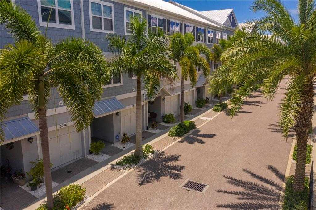 $399,900 - 4Br/3Ba -  for Sale in Cove At Loggerhead Marina, St Petersburg