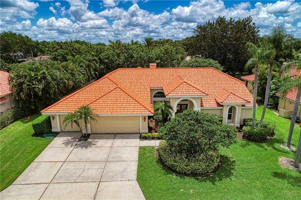 $524,900 - 4Br/3Ba -  for Sale in Amberlea, Sarasota
