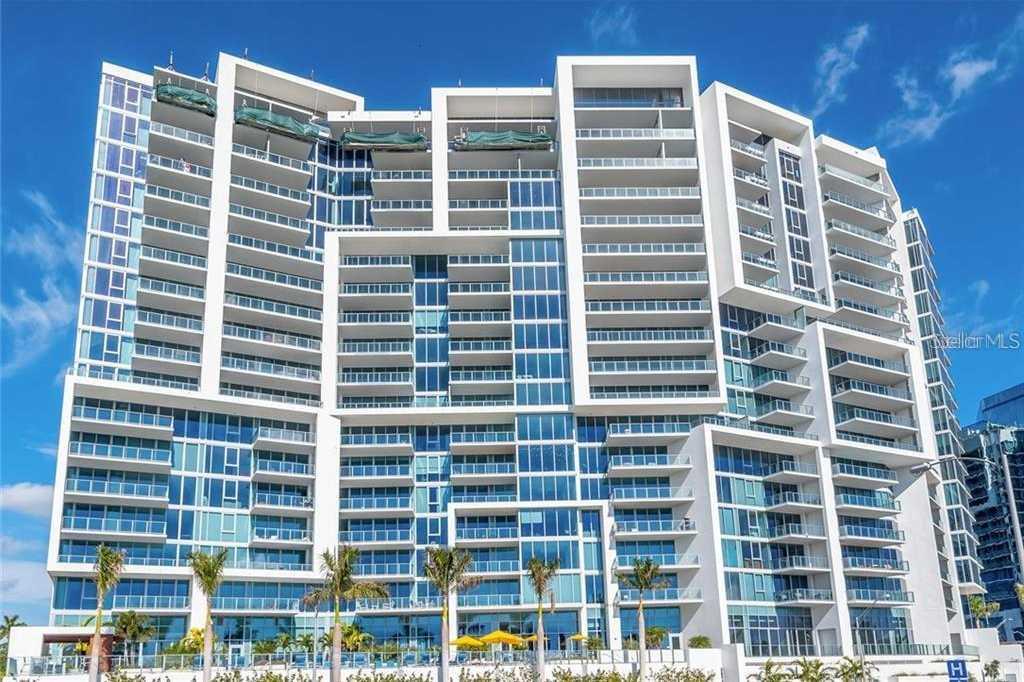 $1,070,000 - 2Br/3Ba -  for Sale in Vue Sarasota Bay, Sarasota