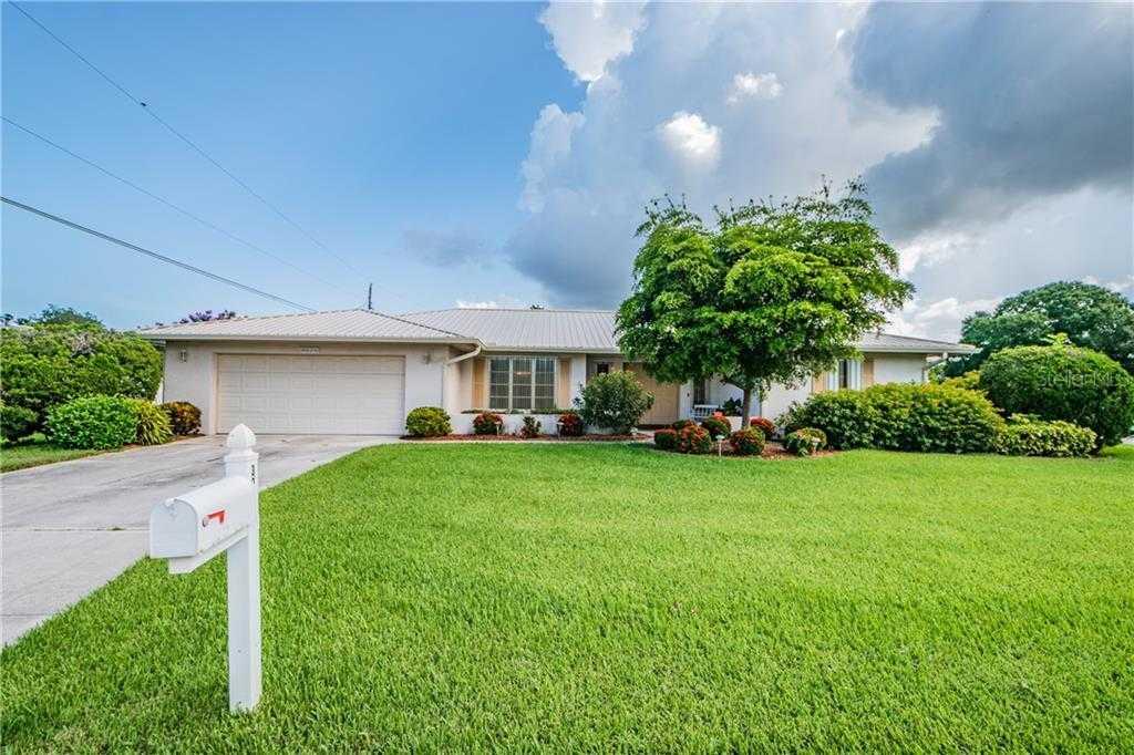 $372,000 - 3Br/2Ba -  for Sale in South Gate, Sarasota