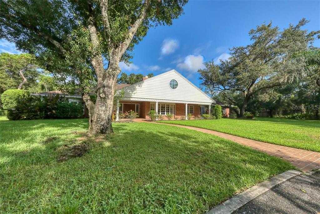 $899,900 - 4Br/5Ba -  for Sale in Foxfire, Sarasota