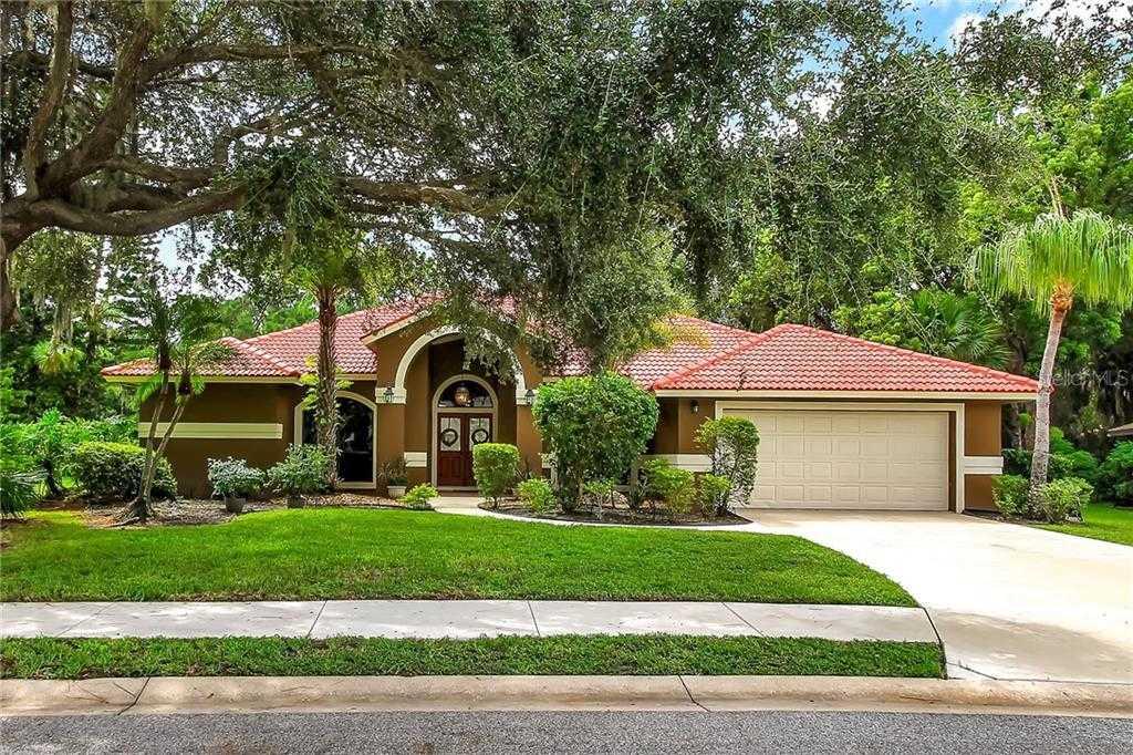 $450,000 - 3Br/2Ba -  for Sale in Deer Creek, Sarasota