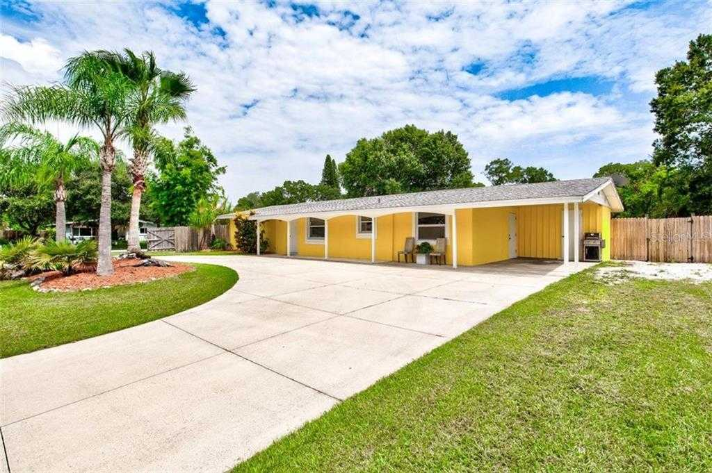 $395,000 - 3Br/2Ba -  for Sale in South Gate, Sarasota