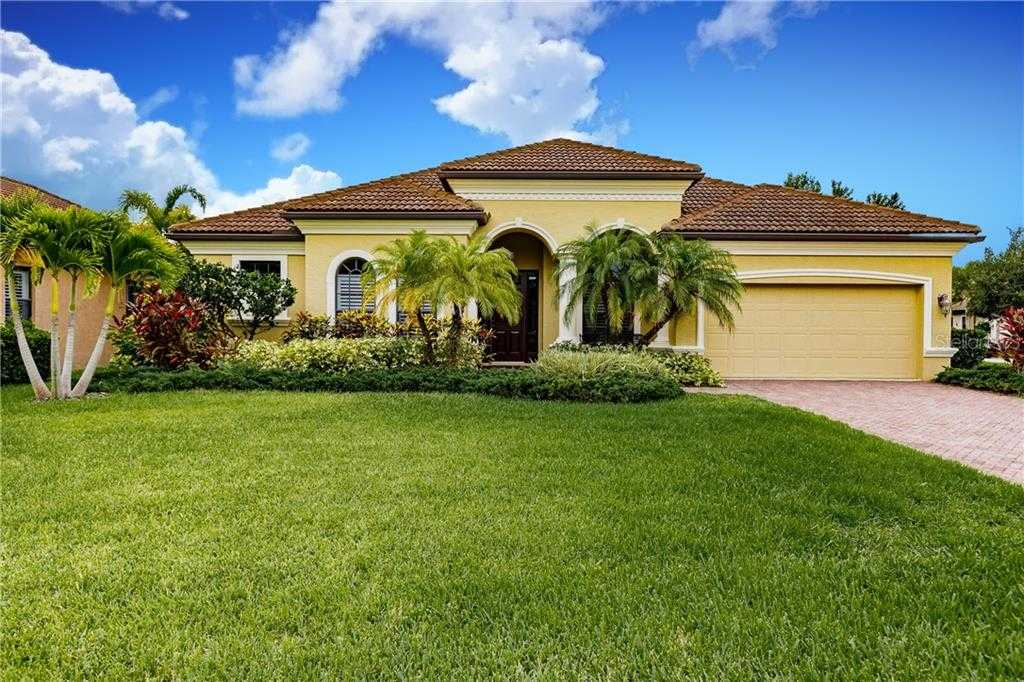 $464,500 - 4Br/3Ba -  for Sale in Residences At University Groves, Sarasota