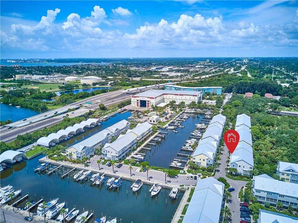 $400,000 - 3Br/3Ba -  for Sale in Cove At Loggerhead Marina, St Petersburg