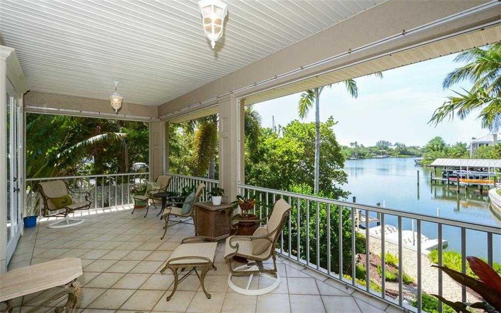 $1,500,000 - 3Br/3Ba -  for Sale in Siesta Rev, Sarasota