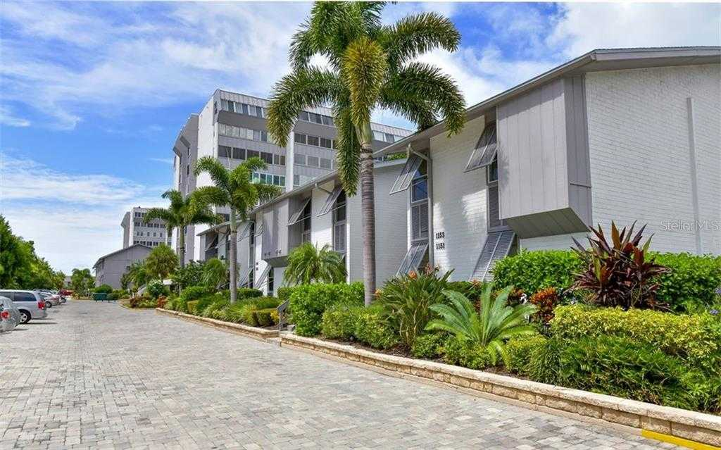$439,000 - 2Br/2Ba -  for Sale in Peppertree Bay Iii, Sarasota