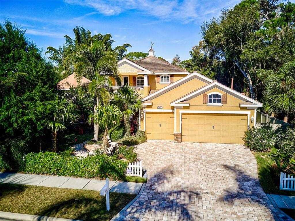 $1,300,000 - 4Br/4Ba -  for Sale in Hartsdale, Sarasota