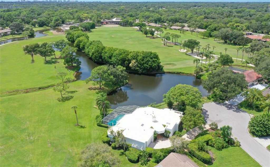 $699,000 - 3Br/3Ba -  for Sale in The Meadows, Sarasota