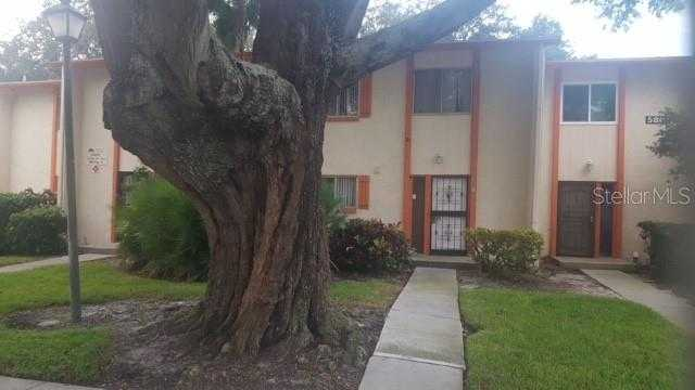 $144,900 - 3Br/3Ba -  for Sale in Whisper Woods Townhomes Condo, St Petersburg