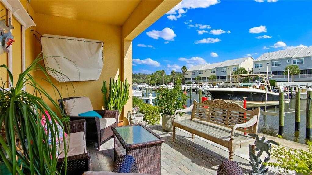 $522,000 - 3Br/3Ba -  for Sale in Cove At Loggerhead Marina, St Petersburg