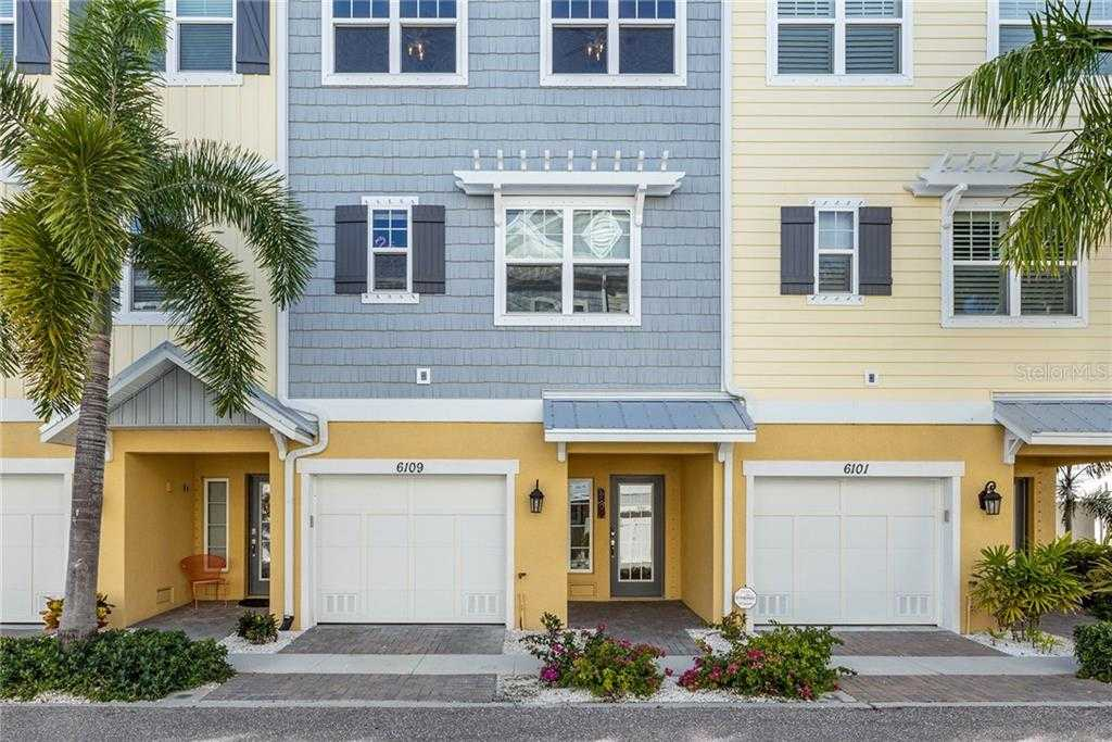 $470,000 - 4Br/3Ba -  for Sale in Cove At Loggerhead Marina, St Petersburg
